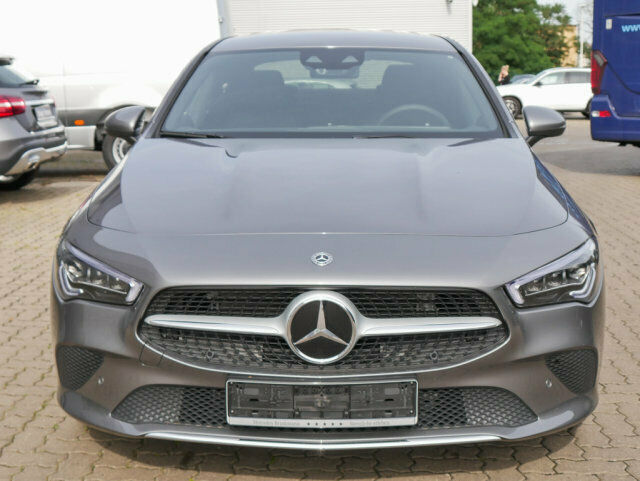 Mercedes-Benz CLA 200 Coupé PROGRESSIVE/XENON/SHZ/PARKTRONIC