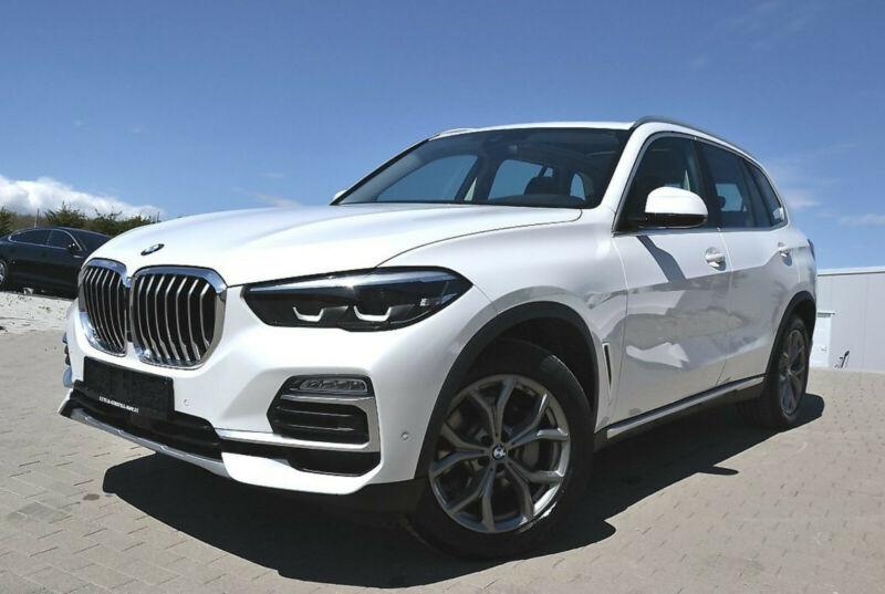 BMW X5 xDrive30d xLINE*LEDER/HUD/PANO/LIVE/E.SITZ/PA