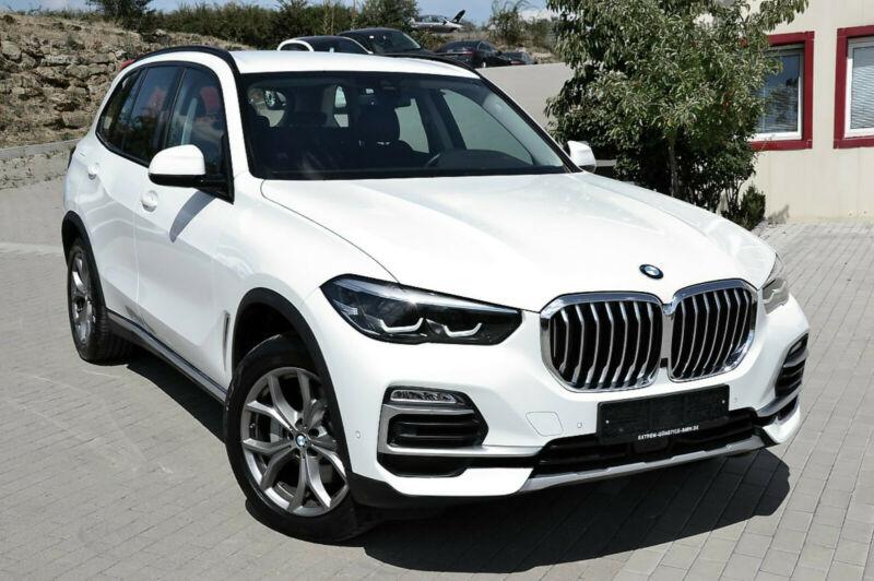 BMW X5 xDrive30d xLINE*LEDER/LIVE.COCK/PARK.A/E.SITZ