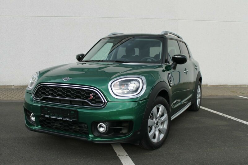 MINI Countryman Cooper S ALL4 *AHK*NAVI*AUTOMATIK*