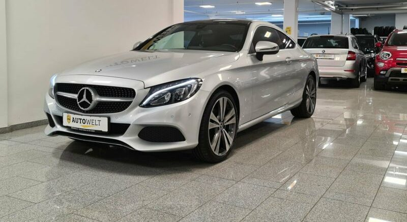 Mercedes-Benz C 200 Coupe LED+PANO+NAVI+PDC+KAMERA+SHZ Styling
