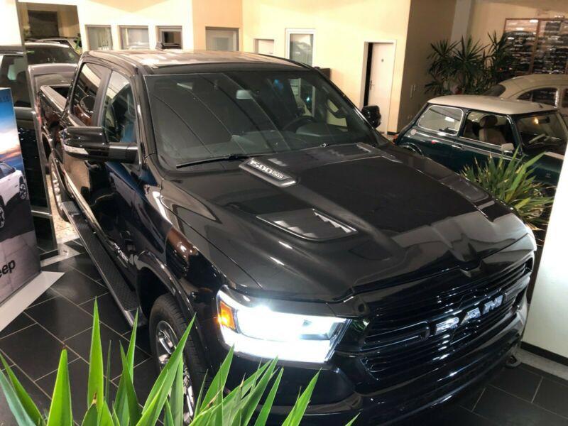 Dodge 1500 CrewCab Laramie Sport*LPG*12″DISPLAY*