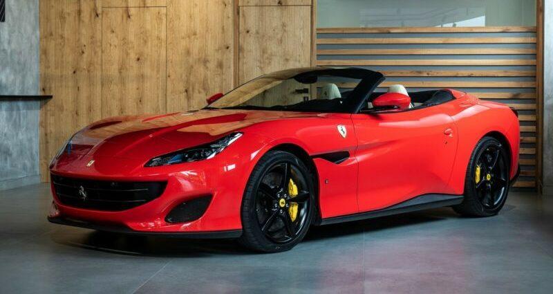 Ferrari Portofino 3.9 T V8 *Karbon*Navi*Rosso Scuderia