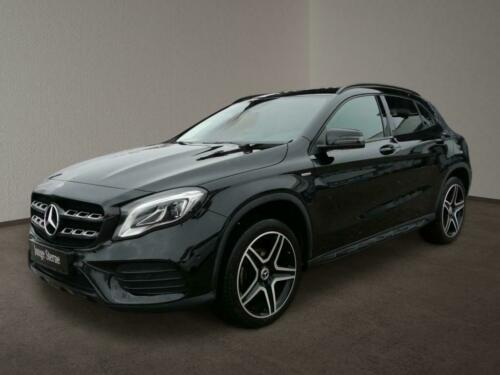 Mercedes-Benz GLA 200  AMG Night Ambi Kamera Navi LED PDC SHZ