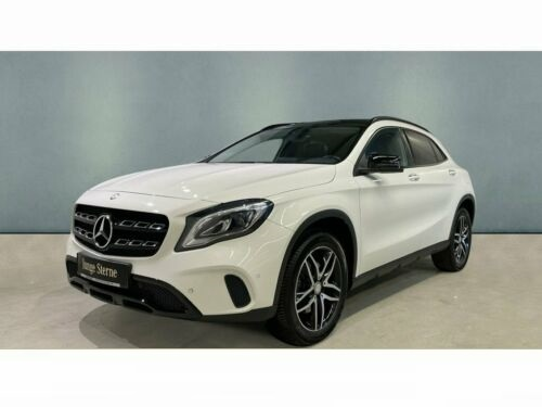 Mercedes-Benz GLA 250 4MATIC  Led-High-P.+Night-P.+RFK+Easy-P.