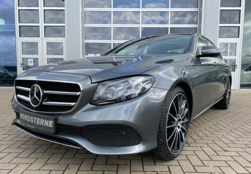 Mercedes-Benz E 450 4MATIC Limousine+AMG-ALU+COM+WIDE+PANO+360